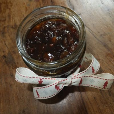 Marvleous pear and amaretto mincemeat and mince pies