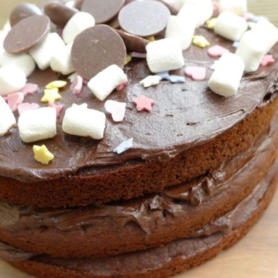 A Very Freefrom Chocolate Cake (gluten-free, dairy-free, nut-free, egg-free)!