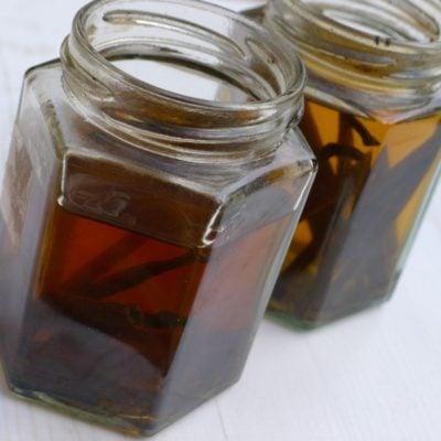 Homemade Sugar-free Vanilla Extract